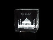 Customized Corporate and Personalized Crystal Gifts
